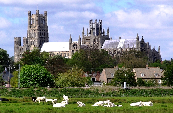 Give it a Go: Trip to Ely (Leaving from Cambridge)